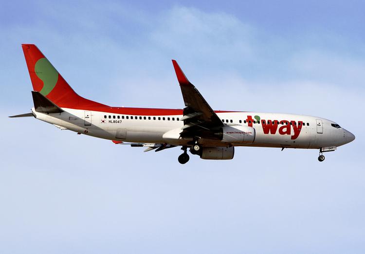 самолет Tway Air